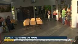 Moradores e turistas usam ônibus para ir de uma cidade litorânea a outra