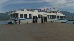 Travessia de pedestres entre São Sebastião e Ilhabela passa a ser feita em catamarãs