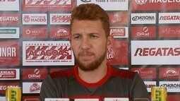 Jogador do CRB Ferrugem fala sobre o desafio de enfrentar Goiás pela Copa do Brasil