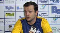 Daniel Paulista comanda o primeiro treino no Confiança
