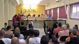 Suplentes dos vereadores afastados tomam possem nesta quarta em Biritiba Mirim