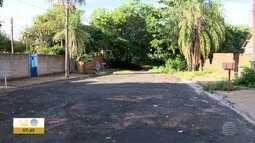 Rua em Dracena é cenário de abandono