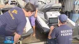 Giro: Operação da Receita Federal fiscaliza embarcações particulares em Florianópolis