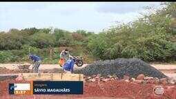 Moradores de Picos unem forças para construir complexo esportivo