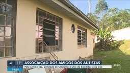 Criminosos invadem sede da Associação de Amigos do Autista (Ama) em Criciúma