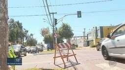 Novos semáforos começam a operar em cruzamento da Avenida Independência