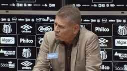 Paulo Autuori é apresentado como novo diretor de futebol de Santos