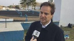Companhia de Saneamento e prefeitura fiscalizam ligações irregulares de esgoto em Itu