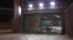Grupo invade estação da Trensurb, rende funcionários e leva dinheiro do cofre