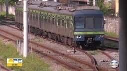 Trem quebra e paralisa Linha Sul do metrô do Recife