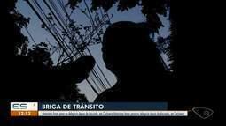 Motoristas se agridem com socos em briga de trânsito em Cachoeiro de Itapemirim, ES