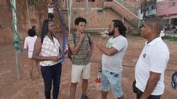 Em Saramandaia, Aldri conhece um projeto que ensina arte e esporte aos jovens