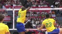 3º set: Leal sobe no bloqueio e faz um lindo ponto para o Brasil 21/8