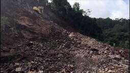 Trecho da ERS-122 passa por desobstrução para ser parcialmente liberado