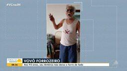 Conheça o idoso de 93 anos que não deixa o forró de lado nem mesmo durante pandemia