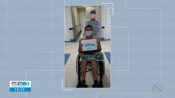 Paciente que estava com Covid-19 recebe alta sob palmas