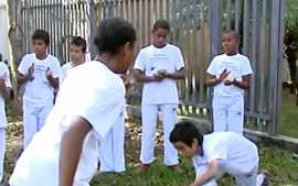 Funedi-UEMG realizado curso de capoeira em Divinpolis
