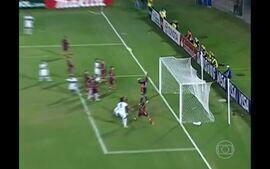 Fluminense perde de virada no Paraguai e sai da Libertadores