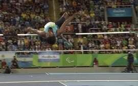 Mariyappan Thangavelu é ouro no salto em altura