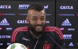 Torcida do Fla esgota ingressos para jogo contra o Corinthians e até Muralha fica sem