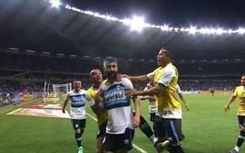Grêmio vai até Belo Horizonte e vence Cruzeiro com Mineirão lotado