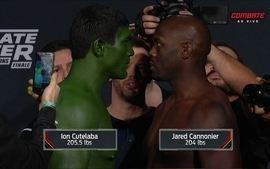 Jared CaCannonier e Ion Cutelaba passam pela pesagem do TUF 24 Finale
