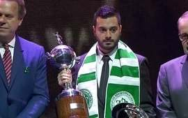 Clube Atlético Nacional recebe o prêmio Fair Play da Conmebol durante sorteio