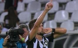 O gol de Botafogo 1 x 0 Olímpia pela Taça Libertadores da América