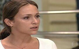 Eduarda descobre que Helena trocou os bebês na maternidade