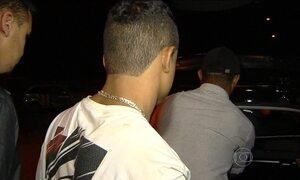 Polícia apreende jovem por infração de trânsito e descobre execução de outro rapaz em GO
