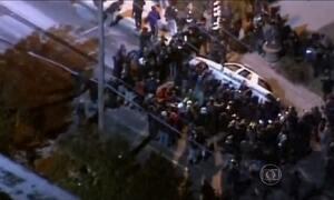 Ferguson vive segunda noite de violência, nos EUA