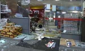 Bandidos explodem mais um caixa eletrônico em SP