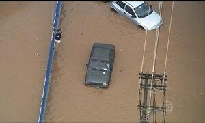 Chuva forte deixa 26 mil casas sem luz em Curitiba
