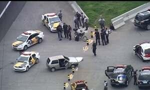 Perseguição policial em SP termina com dois suspeitos mortos