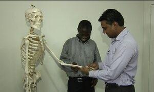 Professor de Gana chega à Guiana, após ir parar em Goiânia por engano