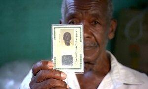 Franciscos com documentos iguais enfrentam confusão na aposentadoria