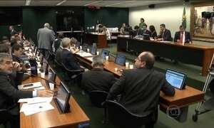 Proposta de reduzir maioridade penal não fere constituição, diz Comissão