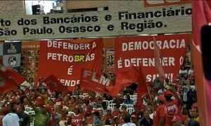 Centrais sindicais e movimentos sociais se reúnem no centro de SP
