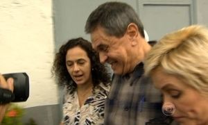 Roberto Jefferson, que denunciou o Mensalão do PT, deixa a prisão