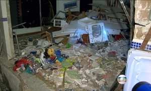 Veja interior de apartamento destruído por explosão em prédio no RJ