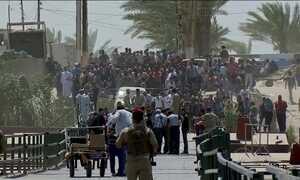 Mais de 20 mil pessoas fogem de cidade iraquiana tomada pelo Estado Islâmico