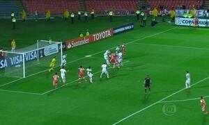 Internacional precisa dois gols de diferença para ficar com vaga na Libertadores