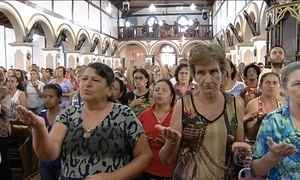 Festa ao Divino Pai Eterno, em Goiás, atrai devotos de todo o Brasil