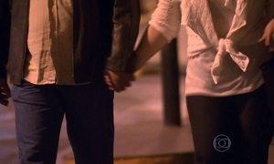 """Homem é condenado a indenizar ex-namorada por """"estelionato sentimental"""""""