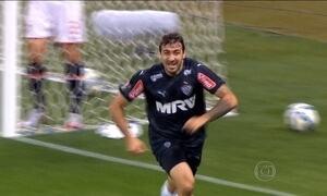 Atlético-MG e Corinthians seguem na liderança do Brasileirão