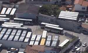 Ônibus voltam a circular no Recife após paralisação