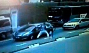 'Na hora, você perde a reação', diz mulher arrancada de carro por ladrão