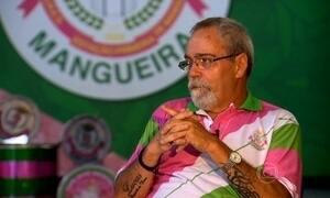 Corpo de intérprete da Mangueira é enterrado no Rio de Janeiro