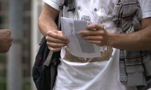 Estudantes tentam outros tipos de financiamento após problemas com Fies