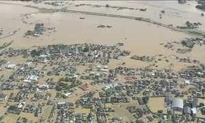 Tufão provoca inundações e três pessoas morrem no Japão